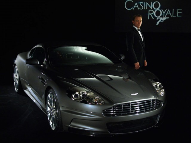 Aston Martin Bond Casino Royale Wallpaper