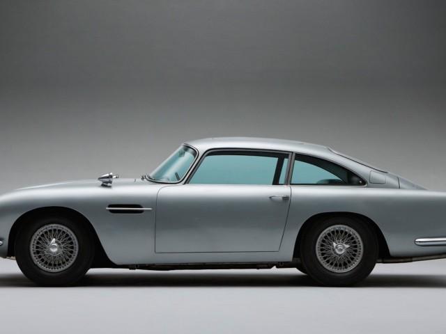 Aston Martin Bond Skyfall Wallpaper