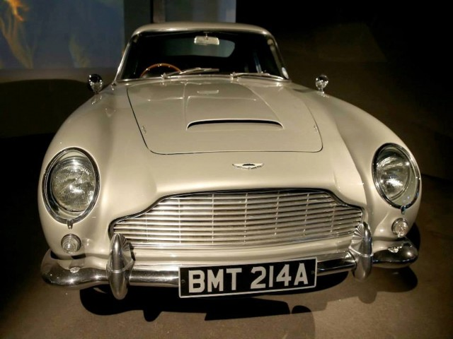 Aston Martin James Bond Original Car Wallpaper