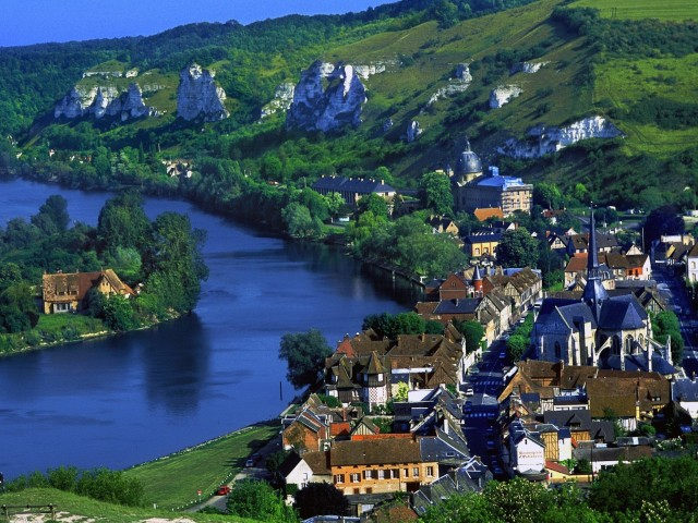 River Seine Les Andelys France Wallpaper