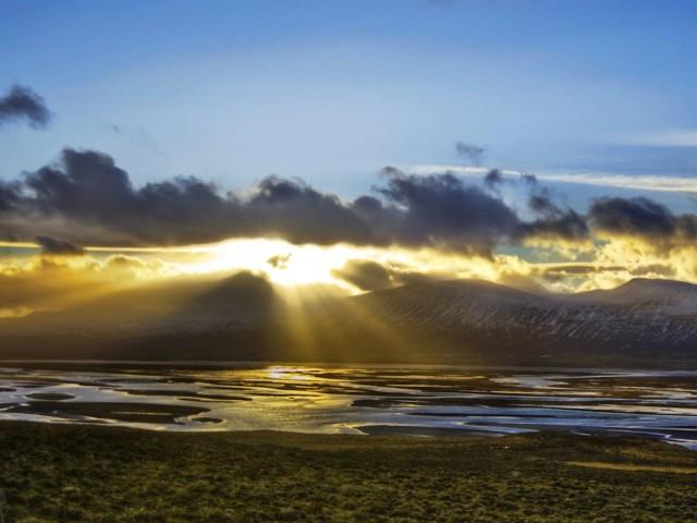 Iceland Scenic Wallpaper