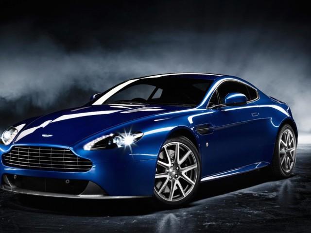 Aston Martin V8 Vantage S Wallpaper