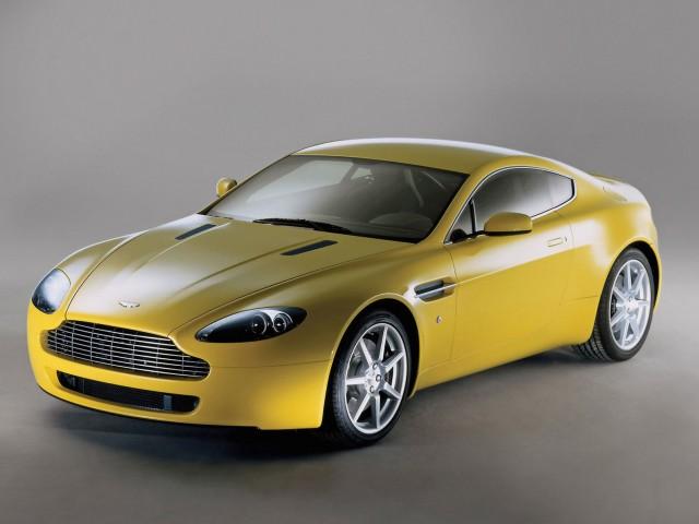 Aston Martin Vantage V8 Wallpaper