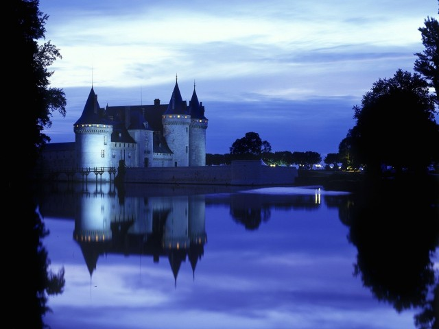 Chateau Sully Sur Loire Loiret France Wallpaper