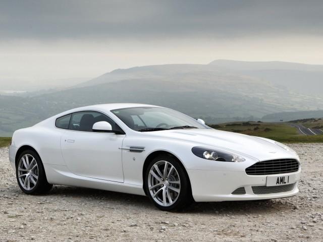 DB9 White Aston Martin Wallpaper
