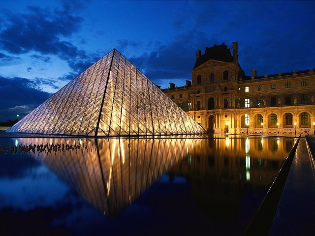 Louvre Museum Pyramid Paris France Wallpaper