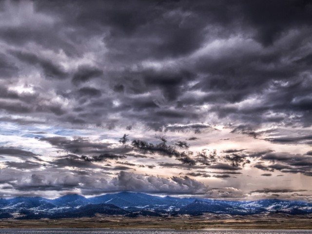 HDR Cloudy Sky Wallpaper