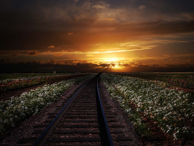 Railroad Sunset Wallpaper