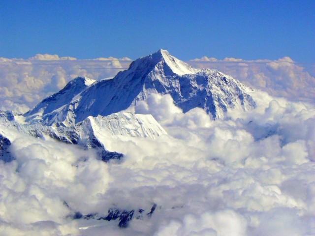 Mount Everest Wallpaper