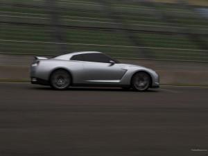 Nissan Gt R 122 1600