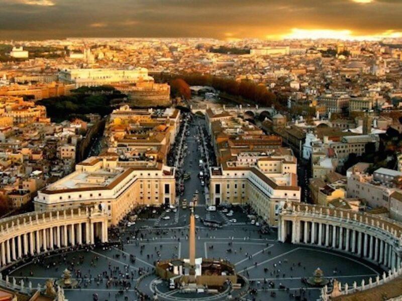 Vatican Square Wallpaper