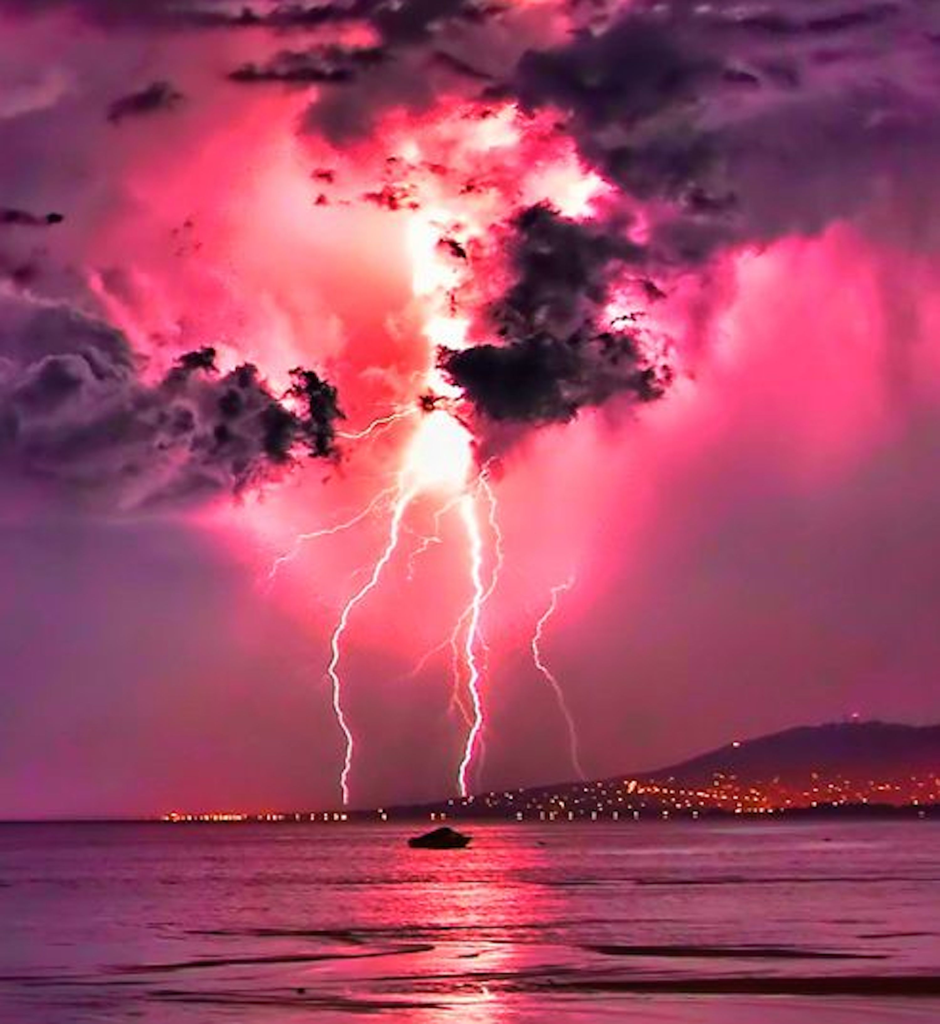 Stormy Pink Sky Wallpaper-Free HD Wallpapers