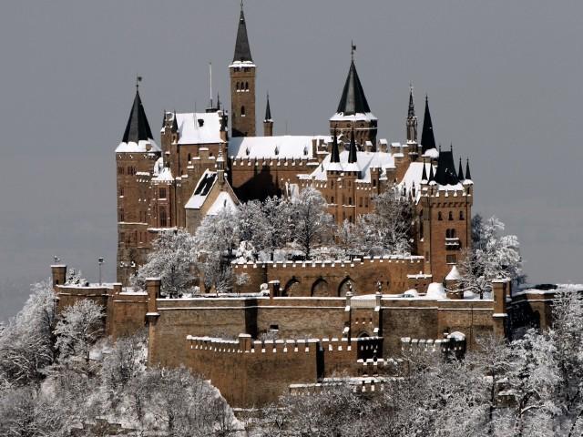 Hohenzollern Castle Winter Wallpaper