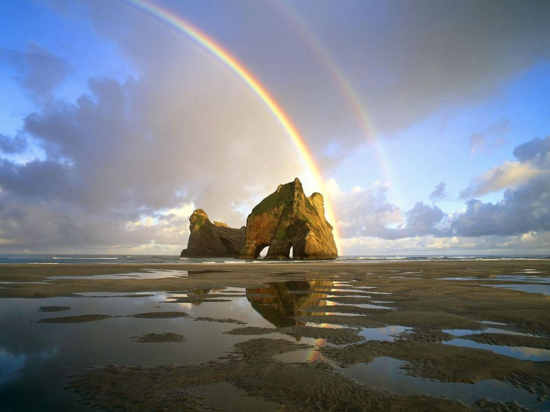 Rainbow Over NZ Wallpaper