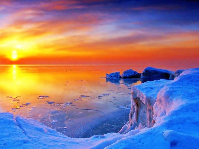Icy Lake Sunrise Wallpaper