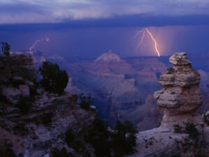 Grand Canyon Lightning Storm Wallpaper