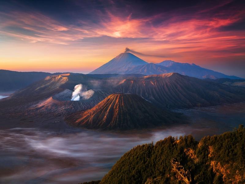 Mount Bromo Volcano Wallpaper