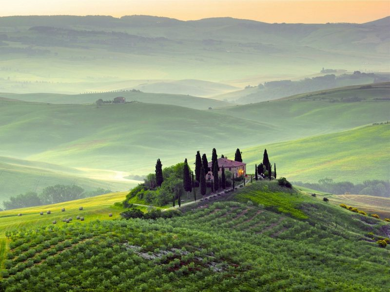 Tuscany-Italy Wallpaper